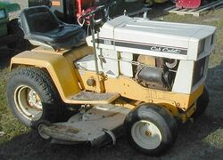 International Cub Cadet 129 1974