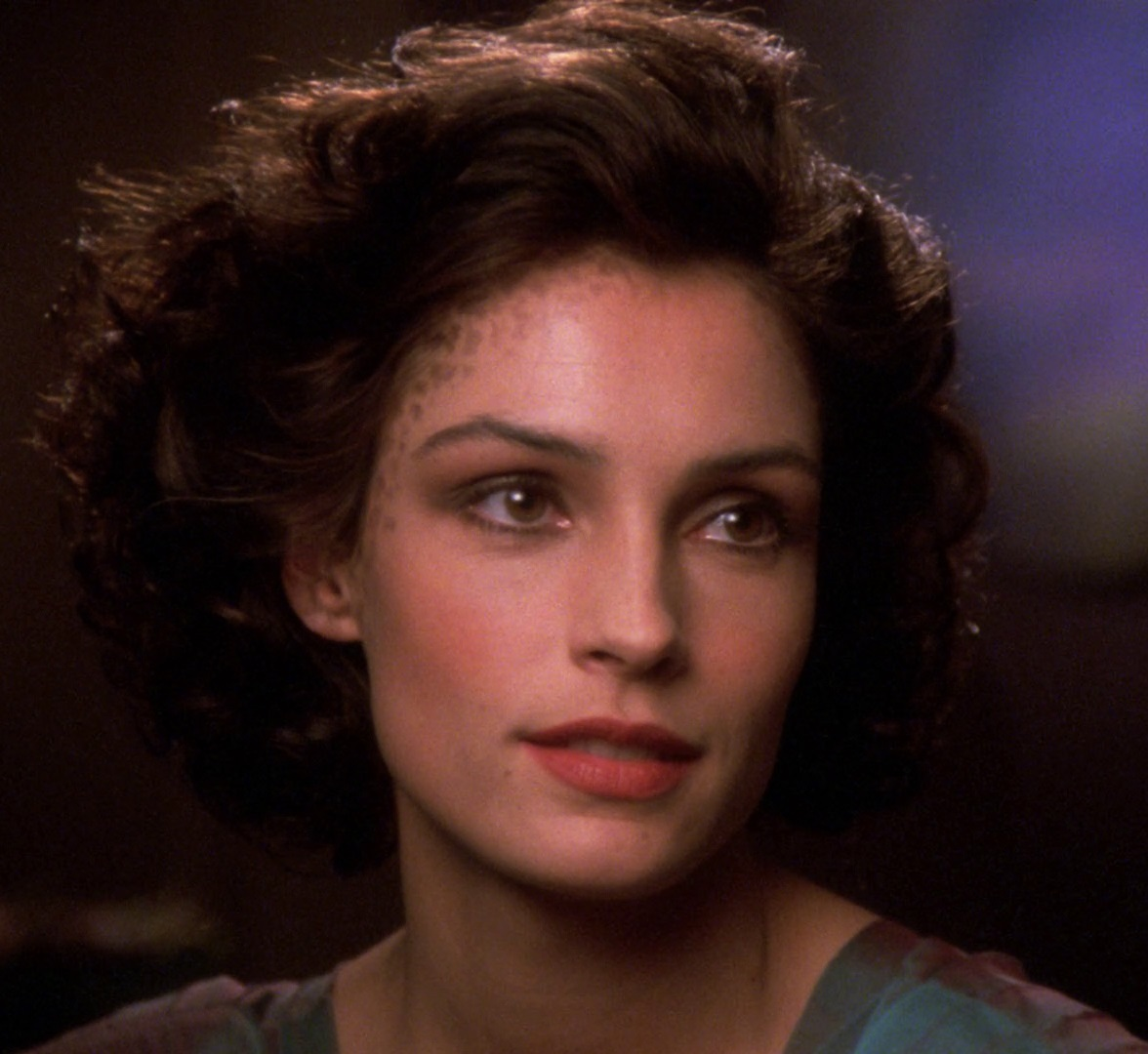 an introduction to gender roles in star trek next generation Other characters noted as being married include leonard mccoy (divorced before both the original series and the events of star trek, he remarries during the course of the original series), beverly crusher (widowed before the beginning of star trek: the next generation), katherine pulaski, benjamin sisko, tuvok, and.