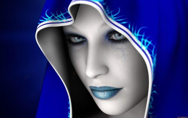 Yulie Argan 640px-Hooded-woman-103098
