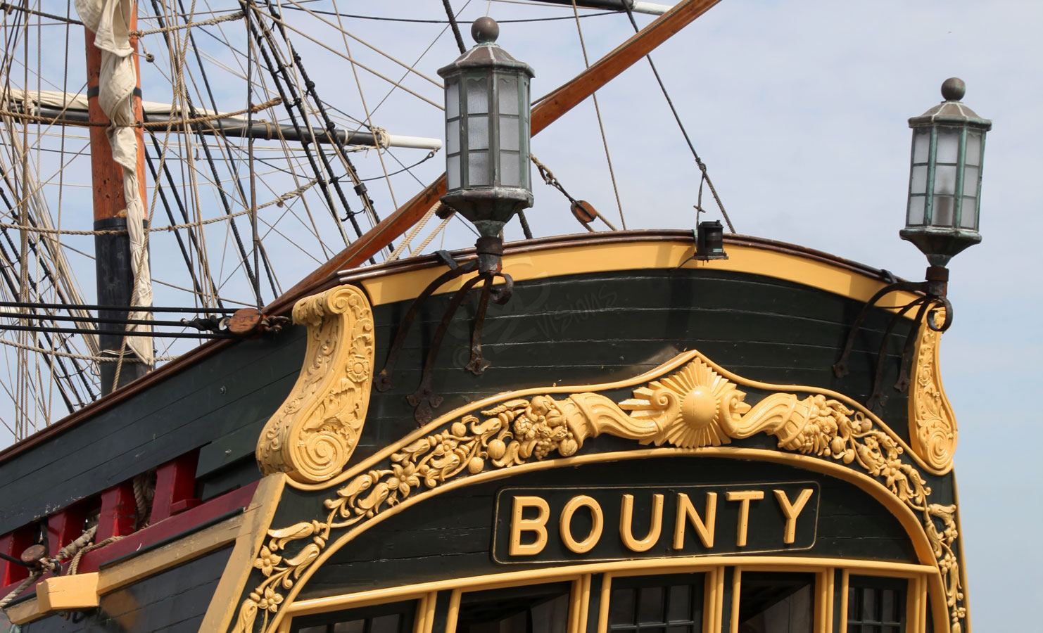 Hms Bounty Pirates Of The Caribbean Wiki The