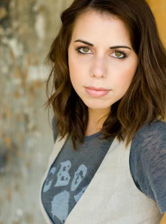 laura bailey voice actress - photo #14