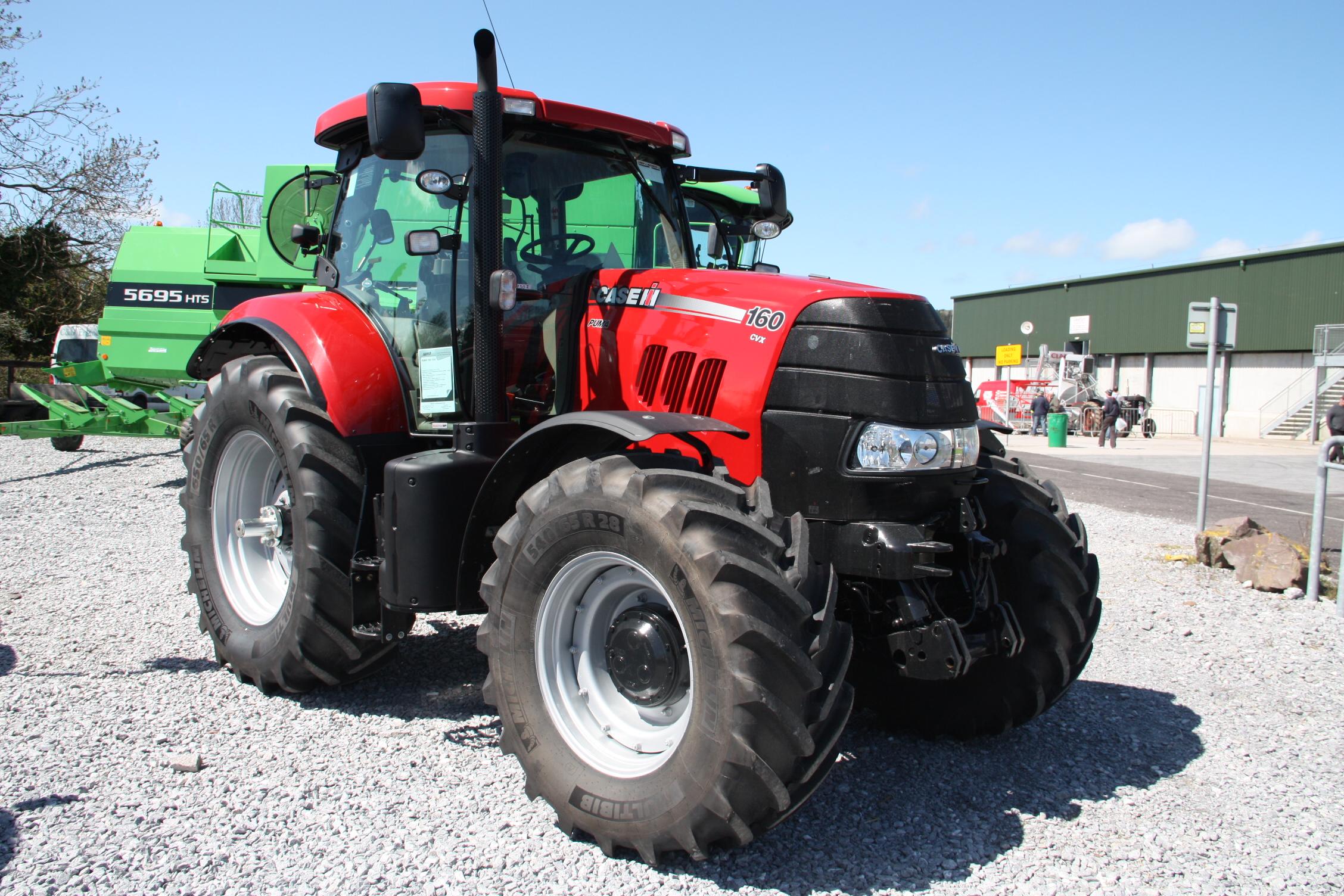 case ih puma range tractor construction plant wiki. Black Bedroom Furniture Sets. Home Design Ideas