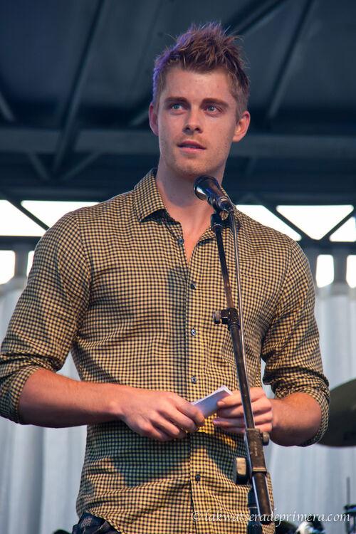 Luke Mitchell The Tomorrow People Wiki